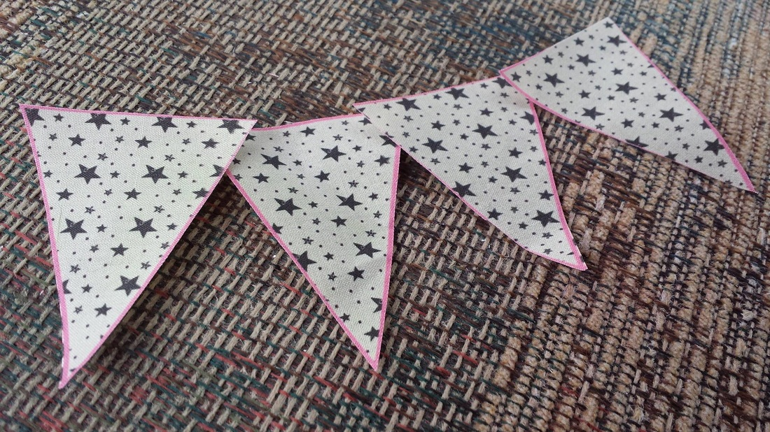 Pennant Triangles / Fabric / DIY Buntings